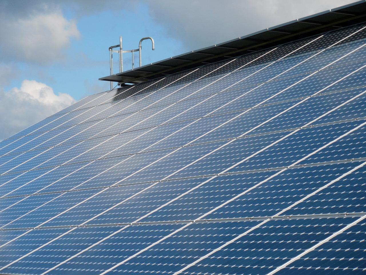 https://www.knorr-sanitaer-heizung.de/wp-content/uploads/2015/08/solar-cells-824691_1280.jpg